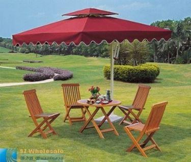 tavolo con ombrellone