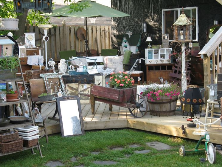 Arredo giardino usato accessori per esterno arredo per for Arredamento esterno usato
