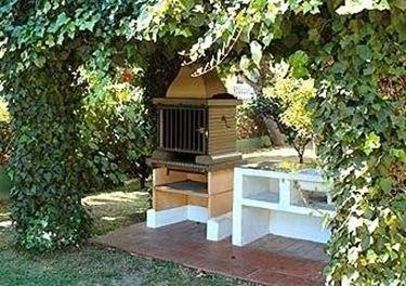Barbecue da giardino barbecue for Accessori arredo giardino