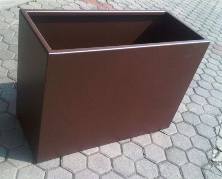 Vasi in ferro fioriere e vasi - Porta vasi in ferro ...