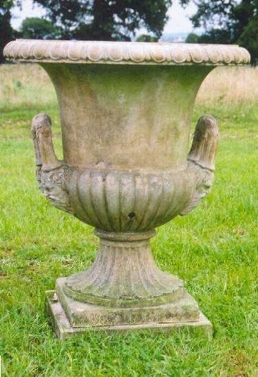 Vasi roma fioriere e vasi for Arredo giardino roma