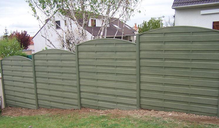 Recinzioni cemento recinzioni tipologie di recinzioni for Beton teinte dans la masse pour exterieur