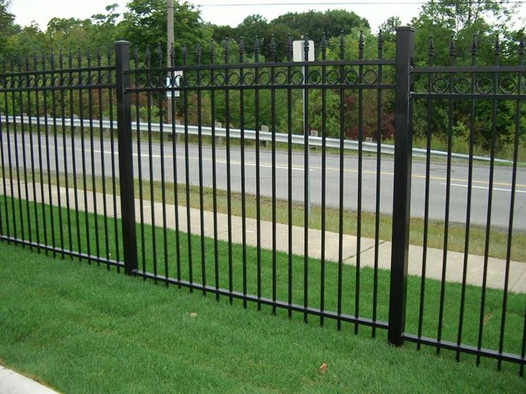 Recinzioni in ferro recinzioni - Recinzioni in metallo per giardino ...