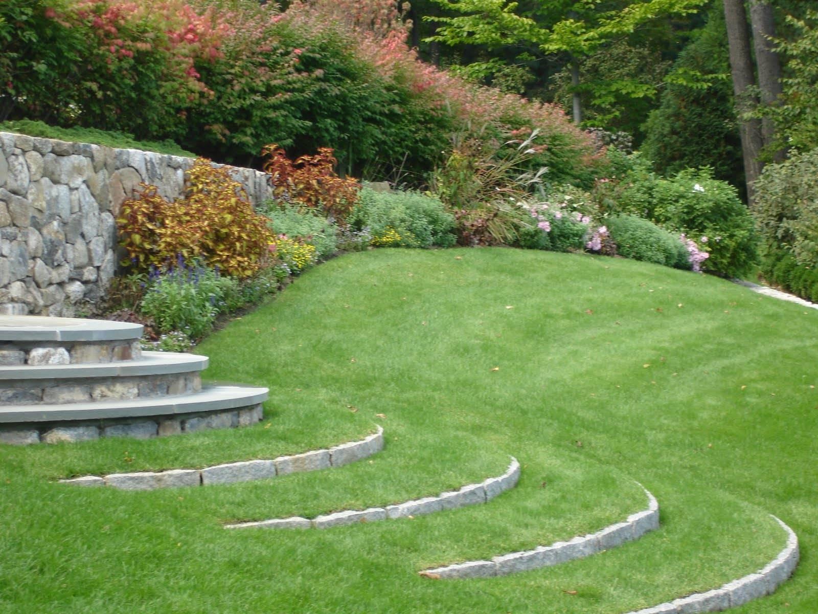 Prato in giardino
