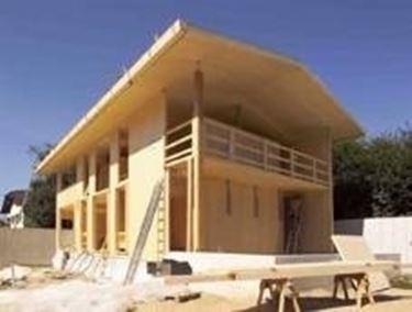 Case in acciaio e legno tradotto nella pratica significa for Diversi tipi di case da costruire