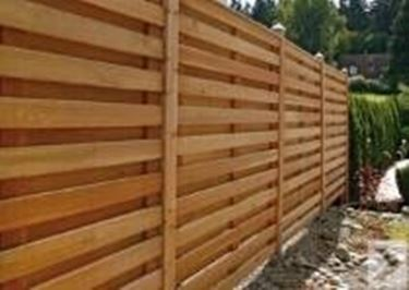 Barriere frangivento frangivento - Palizzate in legno per giardino ...