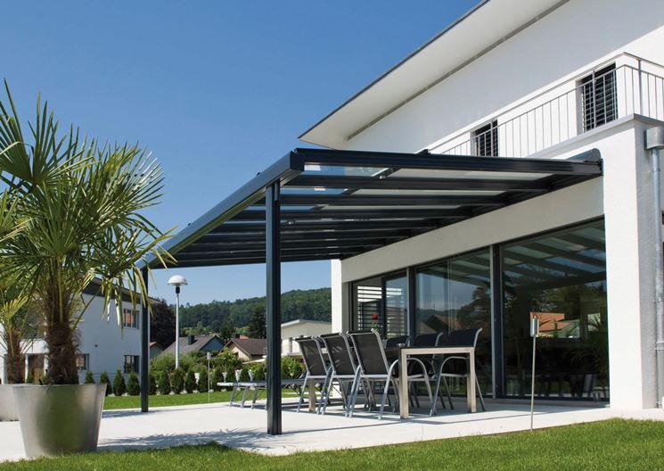 esempio di tettoia in alluminio