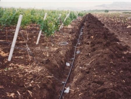 Tubi irrigatori progetto impianto irrigazione - Prezzo tubo irrigazione giardino ...