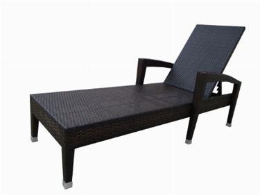 chaise longue da giardino in legno