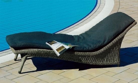 Mobili Da Esterno Per Piscina : Chaise longue da giardino mobili giardino chaise longue per