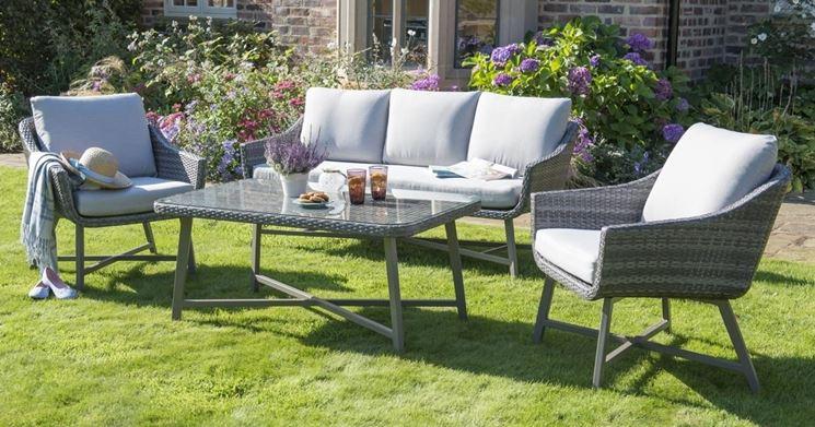 poltrone e divano da giardino