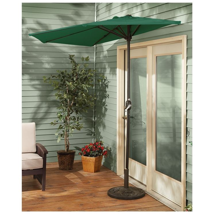 Ombrelloni terrazzo ombrelloni da giardino ombrelloni for Mobile per terrazzo