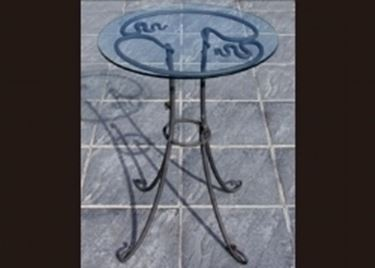 tavolo in ferro e cristallo
