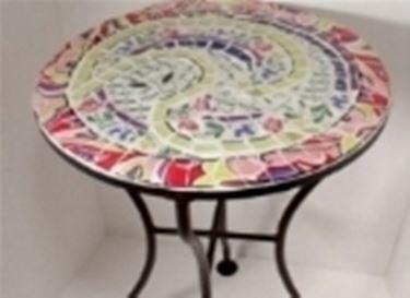 Tavoli mosaico da giardino tavoli per giardino - Tavoli in ferro battuto per esterni ...