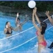 pallavolo in piscina