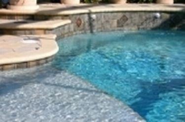 piastrelle piscina