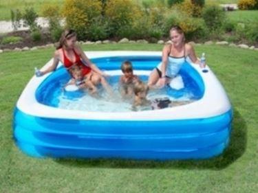 Piscina milano piscine for Piscine dinosaure