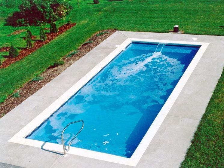 Piscine in vetroresina - piscine - Modelli e vantaggi delle piscine in vetroresina