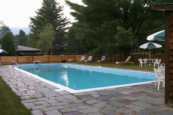 Piscina con idromassaggio   piscine