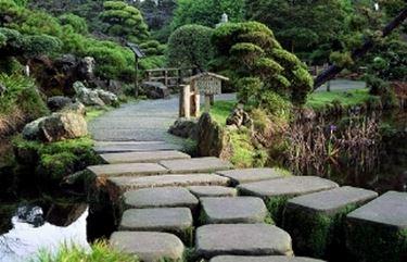 Rocce per giardini elementi progettazione giardini - Rocce da giardino ...