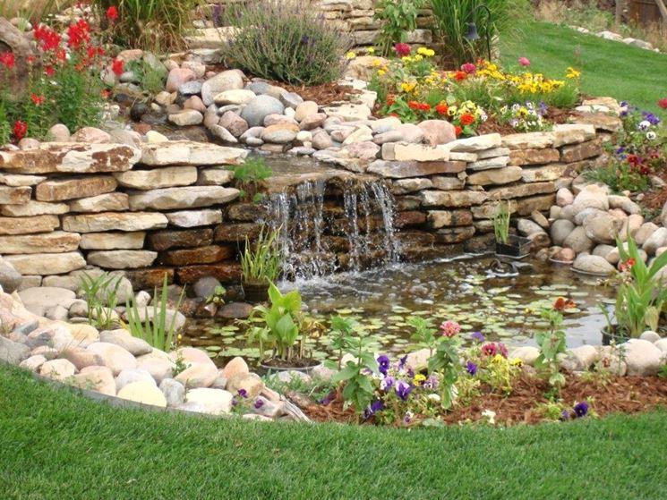 cascata in giardino