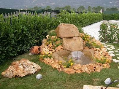 Cascate giardino acqua - Cascata da giardino ...