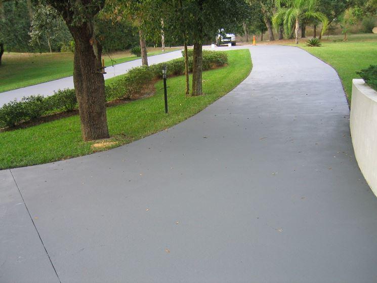 Pavimenti in cemento pavimenti per esterno tipologie - Pavimentazione giardino senza cemento ...