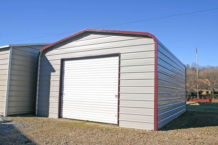 Box auto prefabbricati strutture per giardino box for Quanto costa costruire un garage per 3 auto